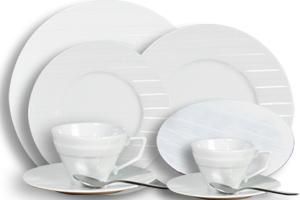 Location vaisselle : assiettes Saturne - Ambassade Receptions